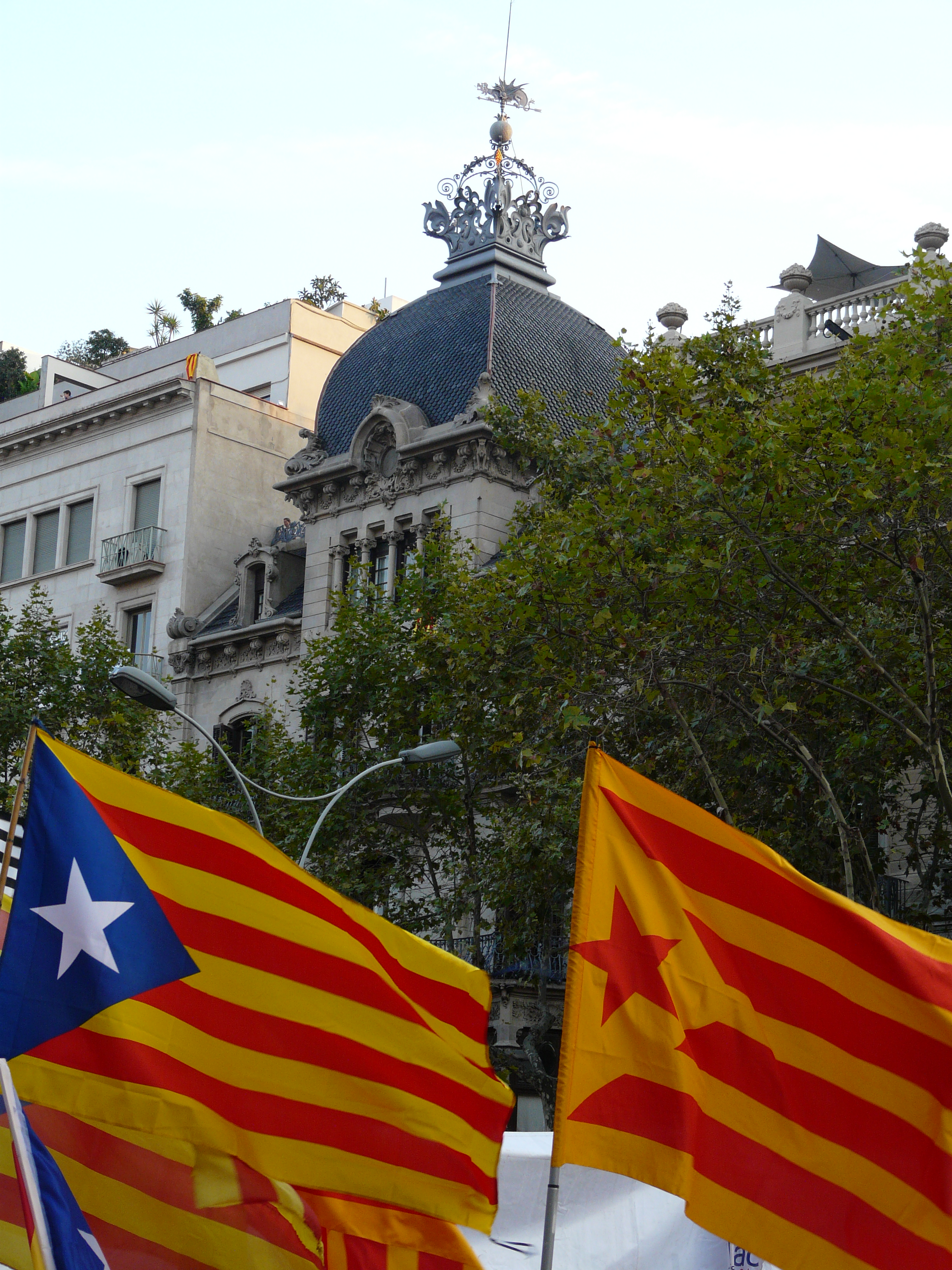 Keith Martin presents Fun with Flags: the evolution of the Catalan Estelada